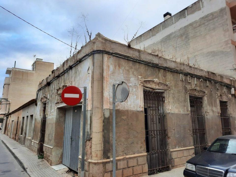 El Edificio del Sindicato de Rafal pasa a formar parte del patrimonio municipal 6