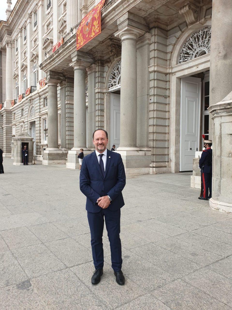 Emilio Bascuñana acudió el 12 de octubre a la recepción en la Casa Real 6