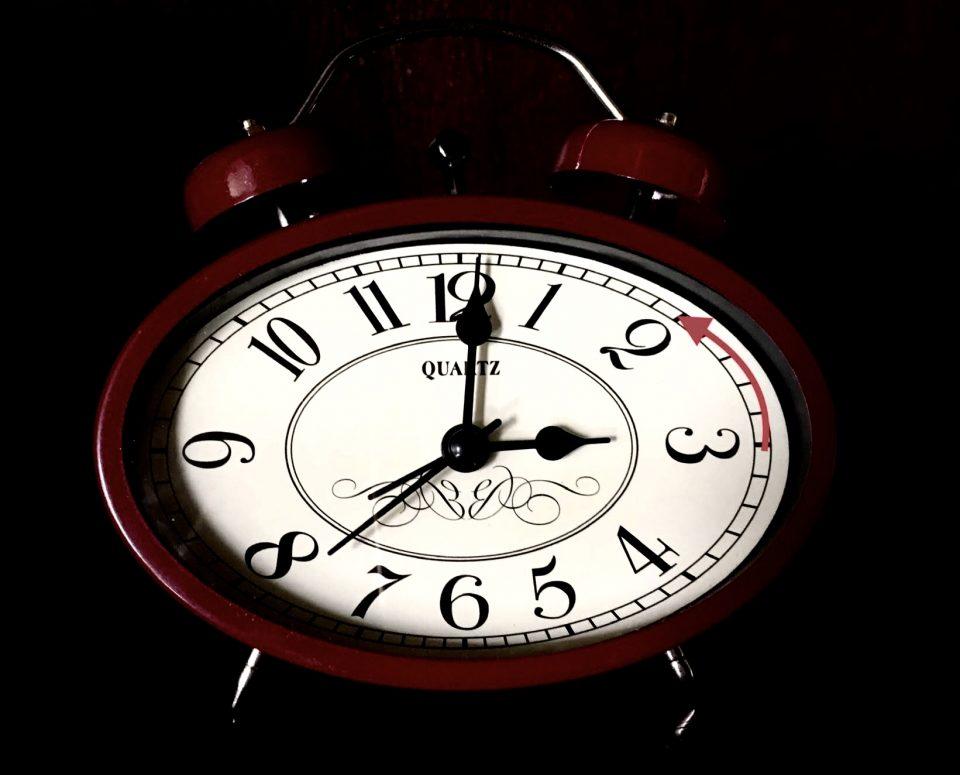 Esta madrugada, a las 3 serán las 2 6
