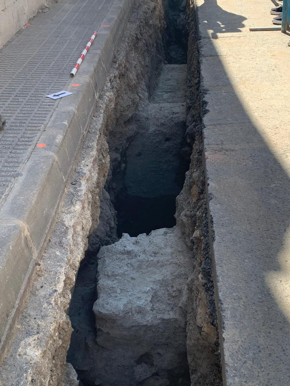 Hallan restos de estructuras medievales de Orihuela 6