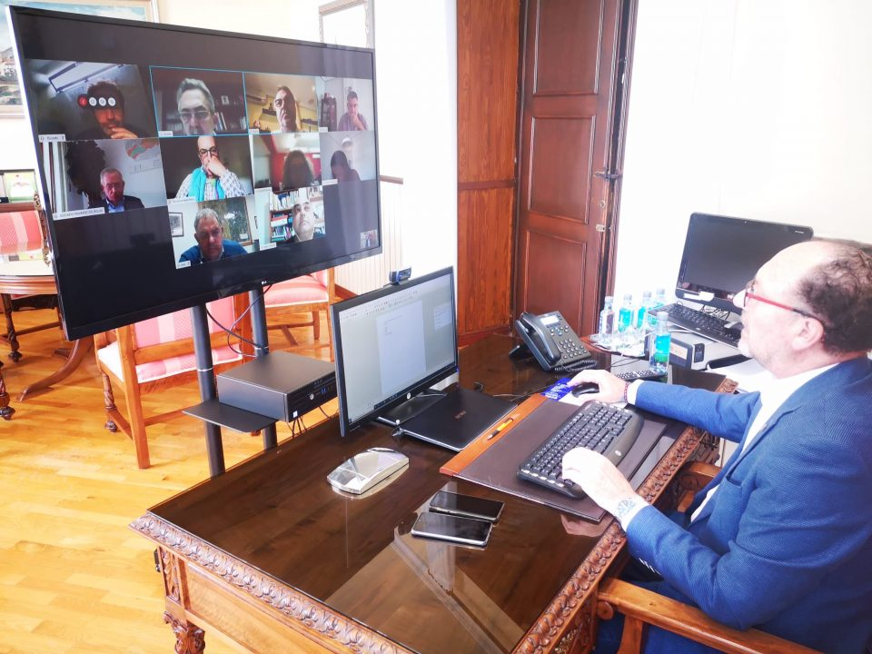 El sector agroalimentario de Orihuela traslada al alcalde su estado durante la crisis 6