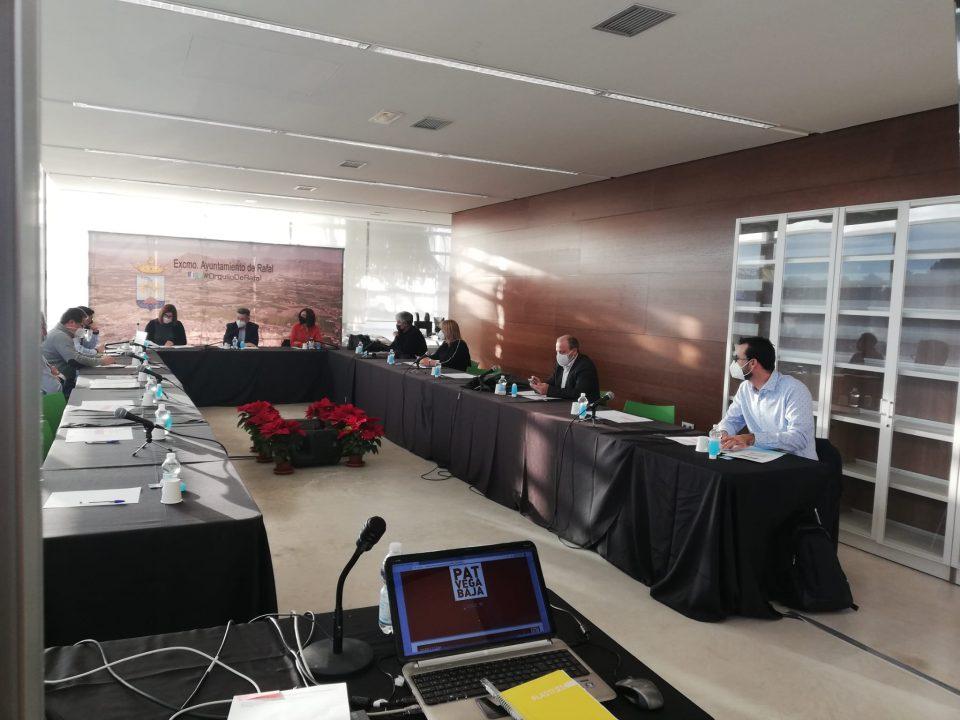 Rafal acoge la reunión de la Mesa Sectorial del Plan de Acción Territorial de la Vega Baja 6