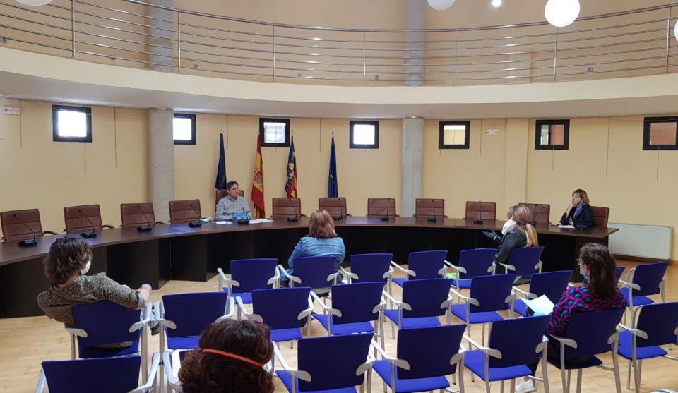 Los Montesinos concede 29.000 euros en las primeras ayudas sociales por el COVID-19 6