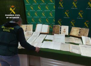 La Guardia Civil recupera en Pilar de la Horadada legajos de manuscritos del S. XVII 7