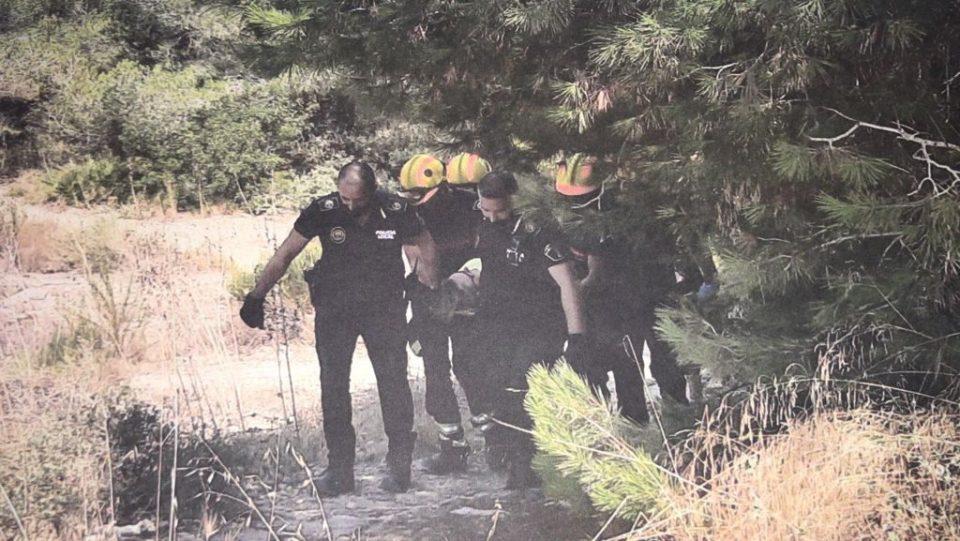 Rescatada una senderista herida en San Miguel de Salinas 6