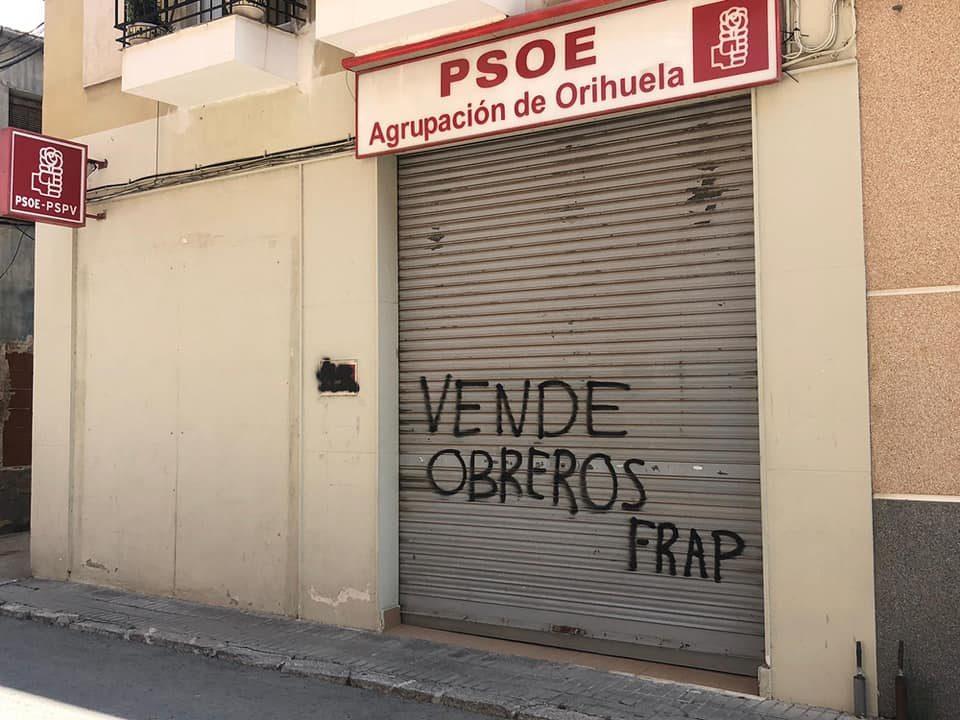 El PSOE de Orihuela denuncia pintadas en su sede 6