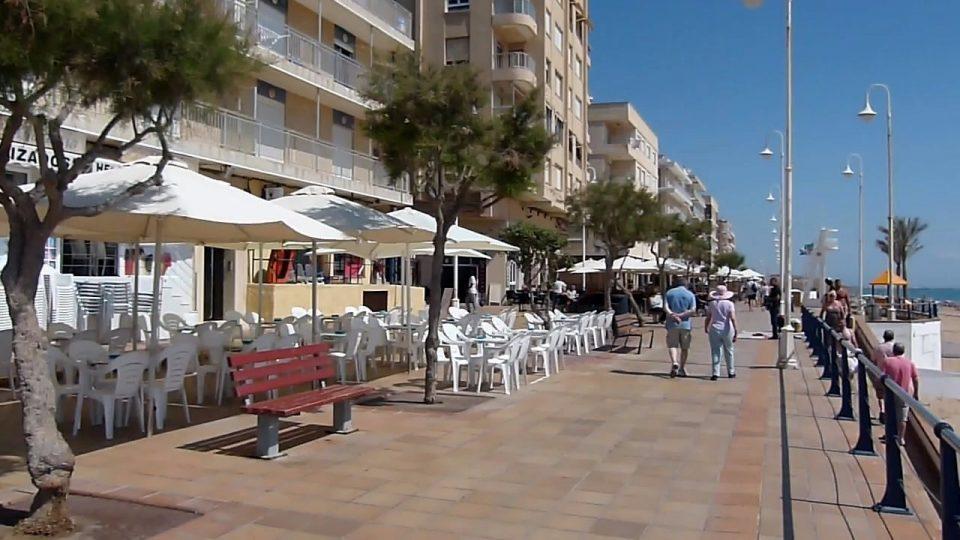 El Gobierno valenciano se plantea la vuelta de la hostelería la próxima semana 6
