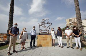 Torrevieja dedica una escultura a las víctimas de la COVID19 7