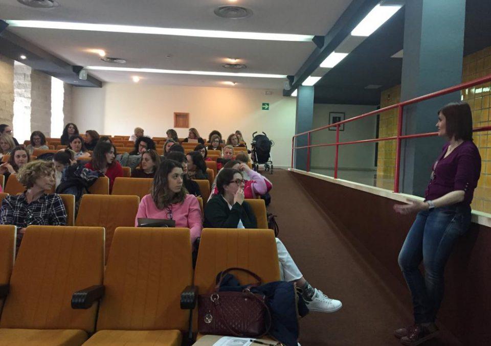 Los profesionales del Hospital Vega Baja amplían conocimientos sobre lactancia materna 6