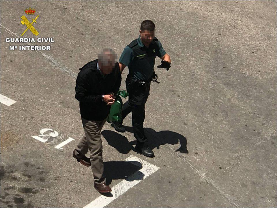 Detienen a un hombre en Torrevieja por tratar de matar a su hijo 6