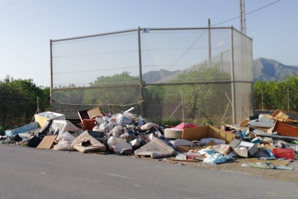 Aumenta el depósito de Residuos Sólidos Urbanos de forma incontrolada en Orihuela 6