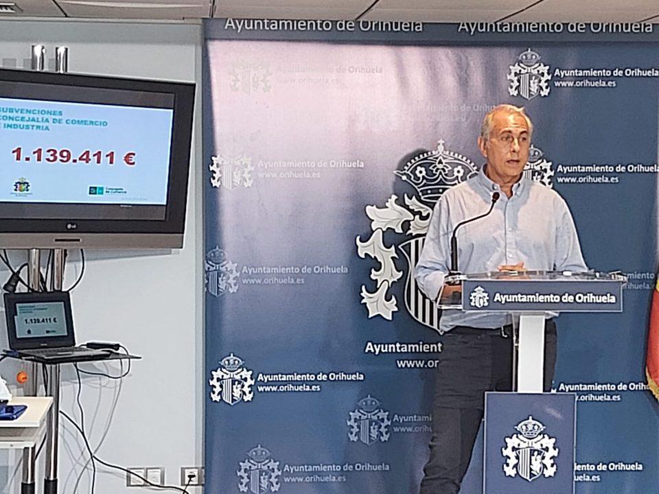 Orihuela ha concedido, en un año, 1.139.411 euros en subvenciones a pymes y autónomos 6