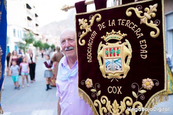 Cox regala a la Virgen del Carmen miles de flores 82