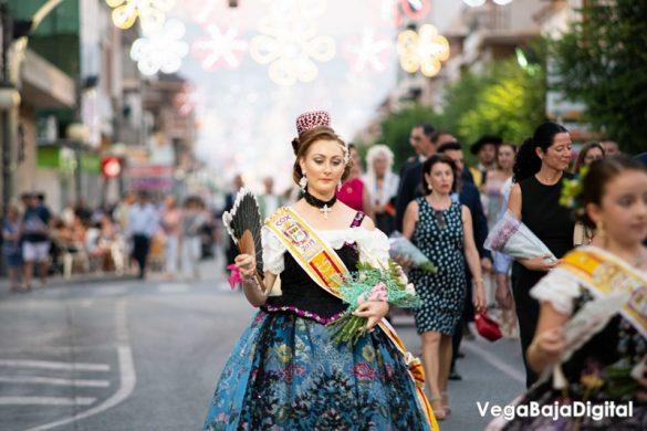 Cox regala a la Virgen del Carmen miles de flores 78