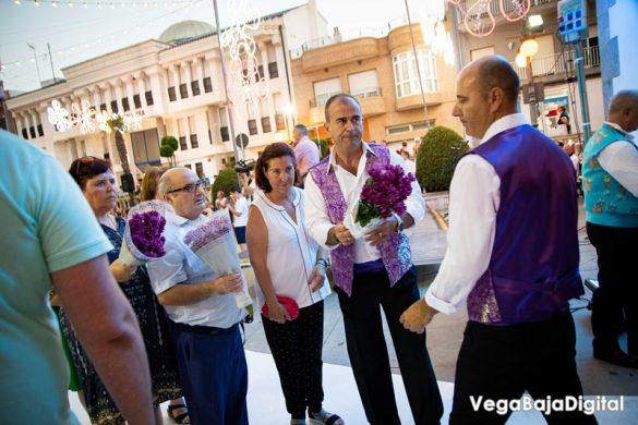 Cox regala a la Virgen del Carmen miles de flores 61