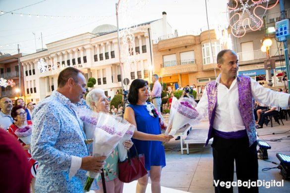 Cox regala a la Virgen del Carmen miles de flores 63