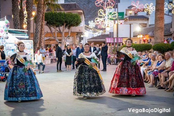 Cox regala a la Virgen del Carmen miles de flores 54