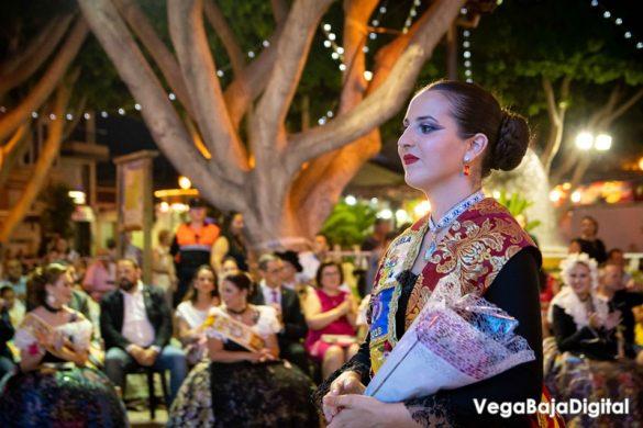 Cox regala a la Virgen del Carmen miles de flores 36