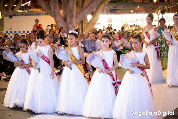 Cox regala a la Virgen del Carmen miles de flores 29