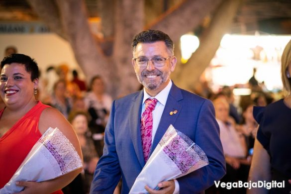 Cox regala a la Virgen del Carmen miles de flores 27