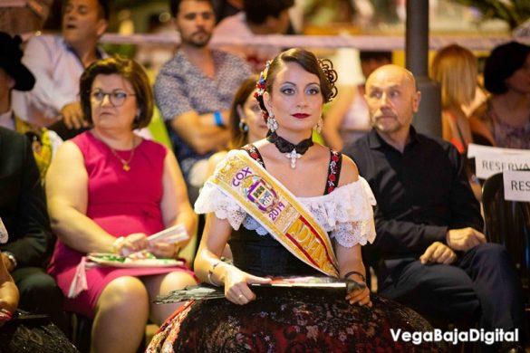 Cox regala a la Virgen del Carmen miles de flores 24