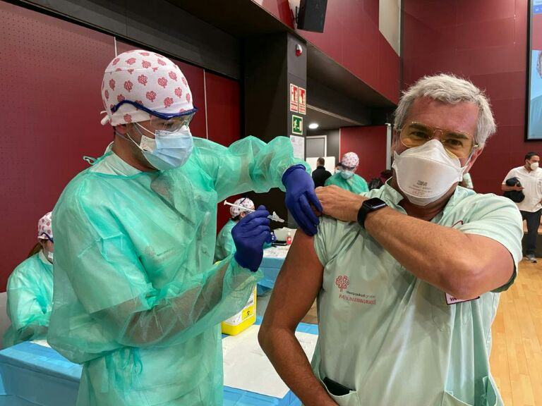 Vacunación récord en el Departamento de Salud de Torrevieja 6