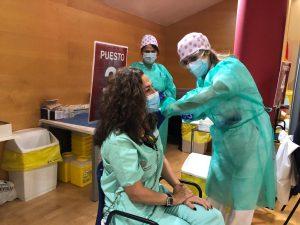 Comienza la vacunación a los sanitarios de los hospitales de la Vega Baja 8