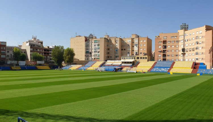 La mayoría cree que el Orihuela C.F. merece un estadio mejor 6