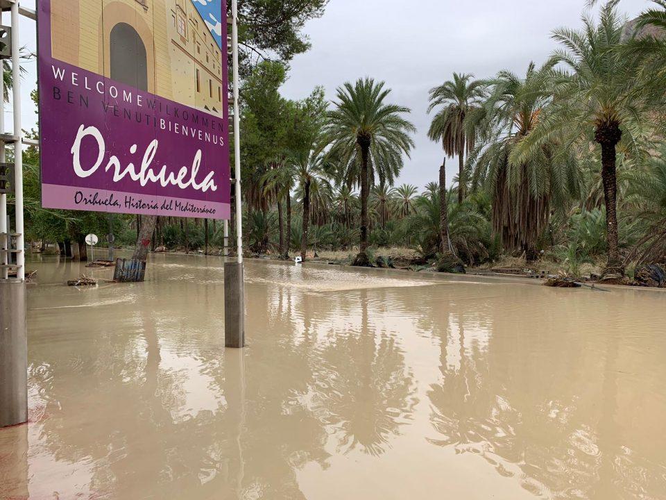 El Ayuntamiento de Orihuela habilita una central telefónica para coordinar voluntarios 6