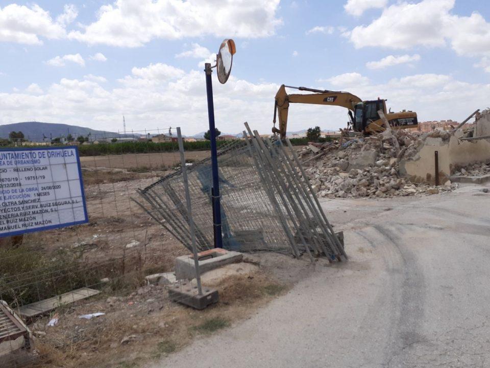 """Comienzan las obras de la gasolinera """"ilegal"""" en Orihuela 6"""