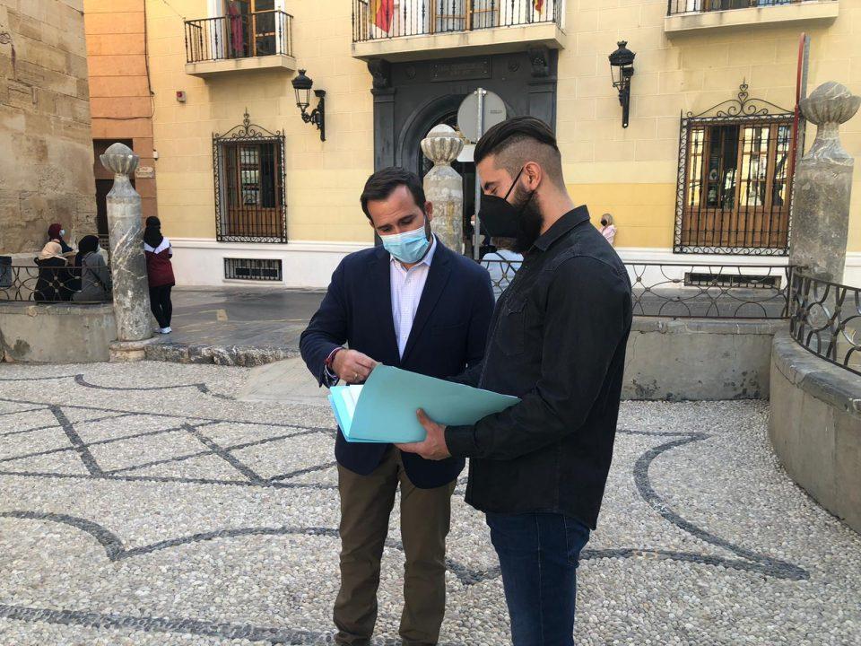 Más de 3.500 firmas piden repartir las viviendas sociales de Callosa por todo el municipio 6