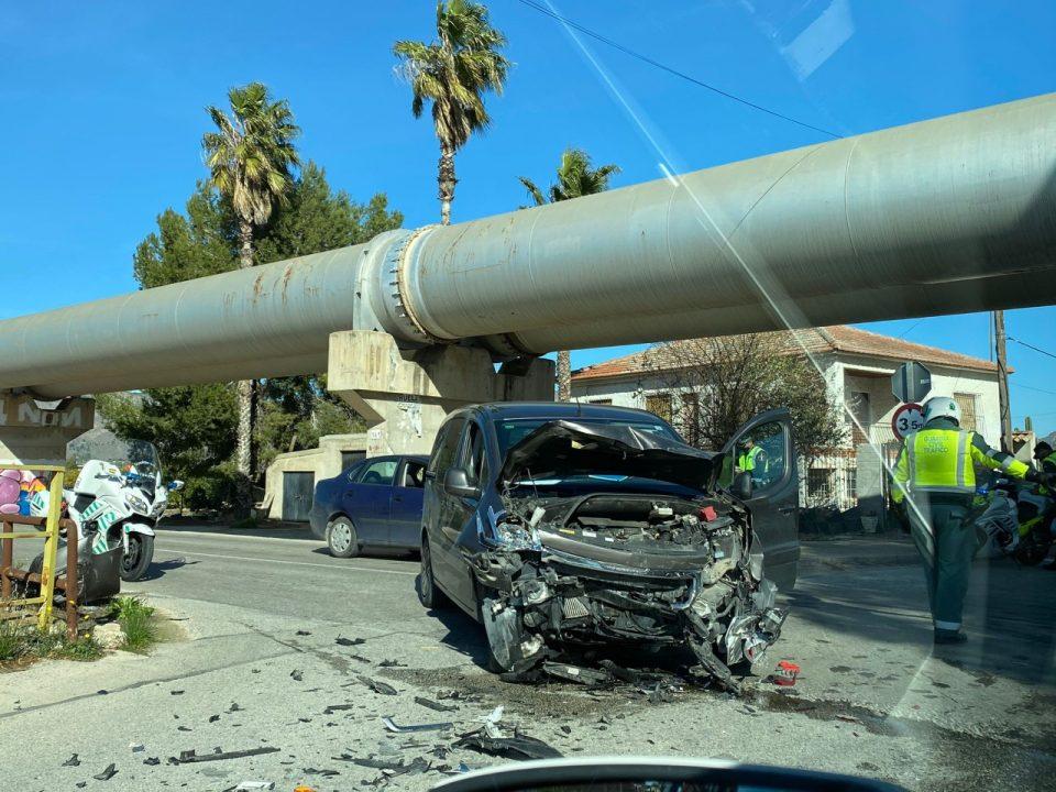 Un hombre resulta herido en un accidente en el barrio Mariano Cases 6