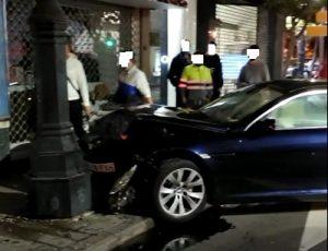 Aparatoso accidente en el centro de Orihuela 7