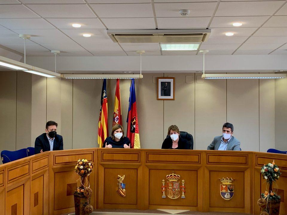 """Bonig: """"Imponer a todos los alumnos asignaturas troncales en valenciano es un atropello"""" 6"""