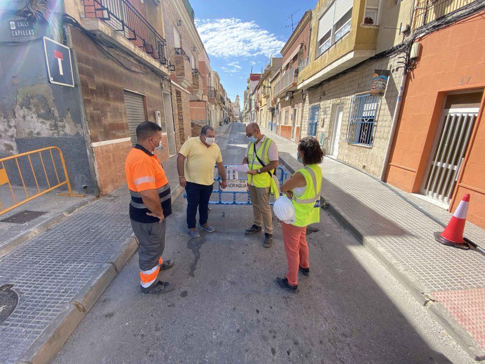 El Ayuntamiento renueva las redes de agua potable y alcantarillado de Capuchinos y Santiago 6