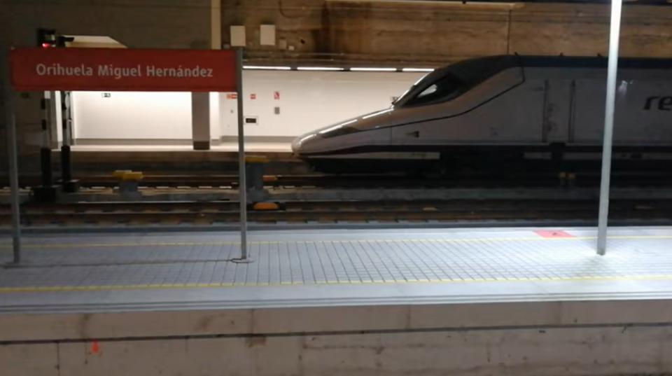 Sale el primer AVE desde Orihuela hasta Madrid 6