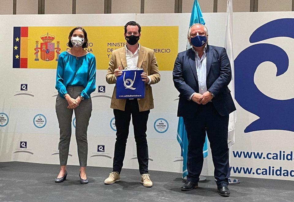 Orihuela presumirá este verano de cinco banderas 'Q' de calidad en sus playas 6