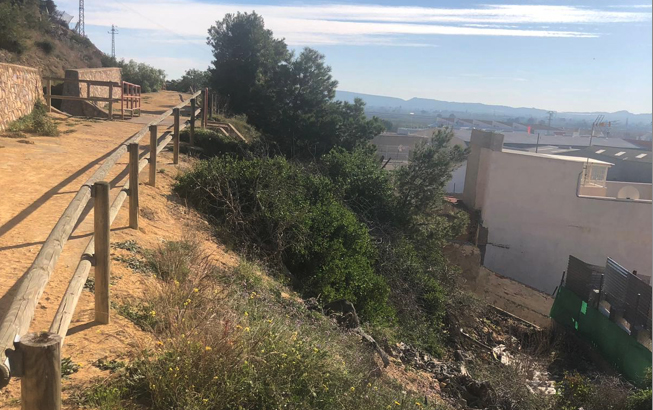 Redován pondrá fin a las inundaciones de las casas de la ladera de la sierra 6