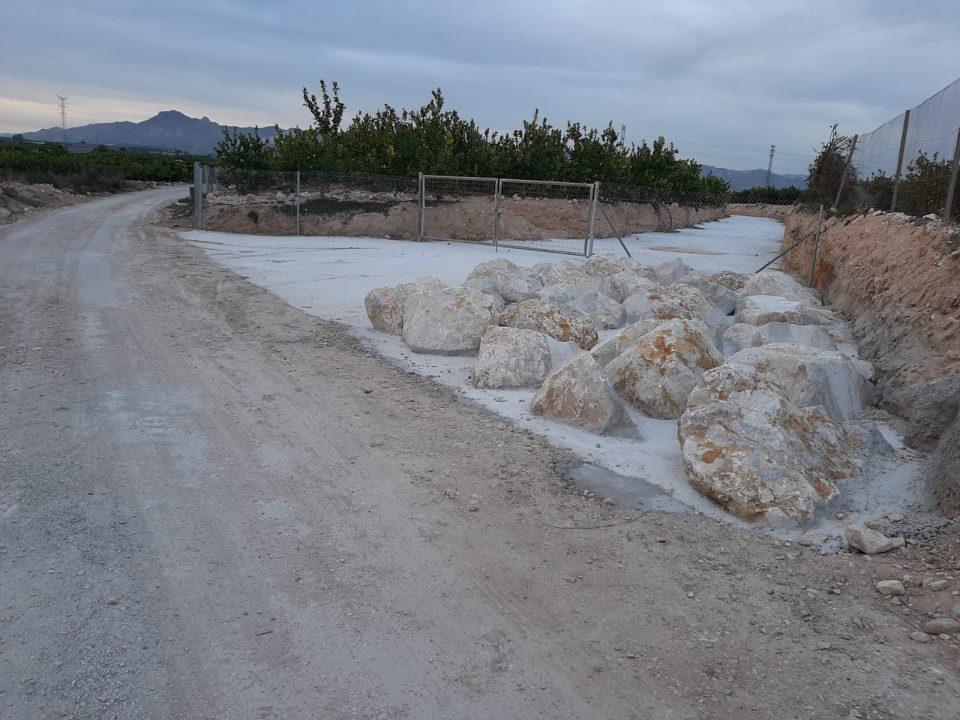 Investigan la construcción de un cauce que conduciría las aguas pluviales a Benferri 6