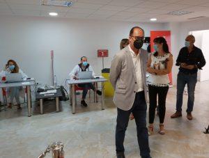 El centro de El Escorratel cierra sus puertas con el 90% de la población mayor de 12 años vacunada 8