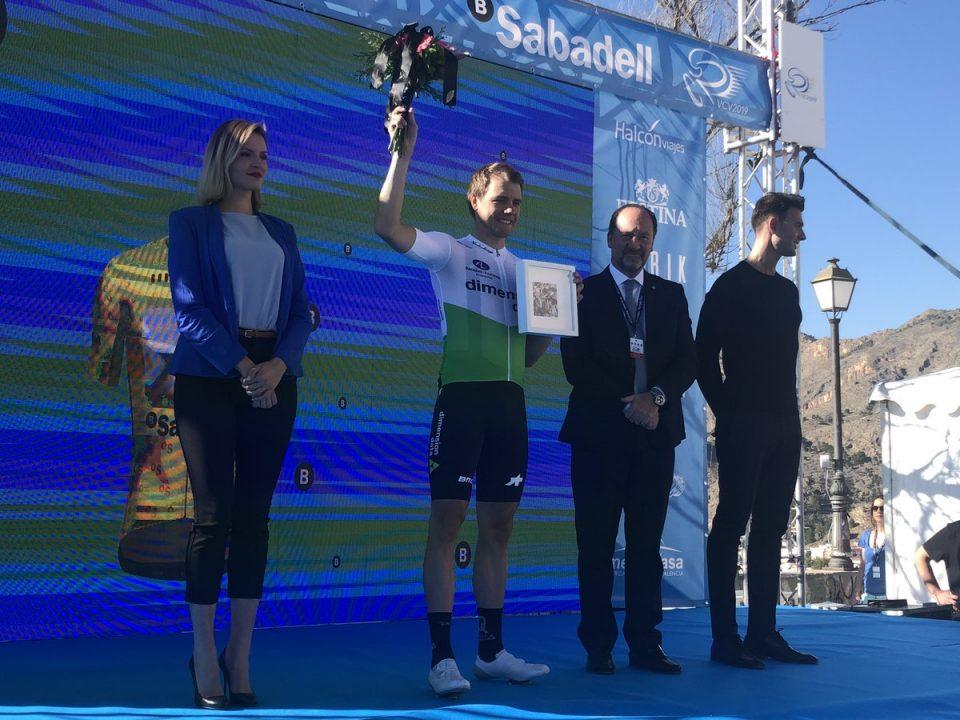 Hagen gana la CRI de Orihuela y es el primer líder de la Vuelta a la CV 6