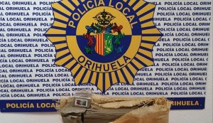 La Policía Local de Orihuela detiene a dos albaneses con 32 kg de hachís 7