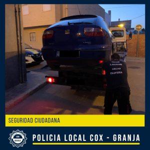 Dos detenidos por robos en coches en Pilar de la Horadada y recuperado vehículo sustraído en Granja 7