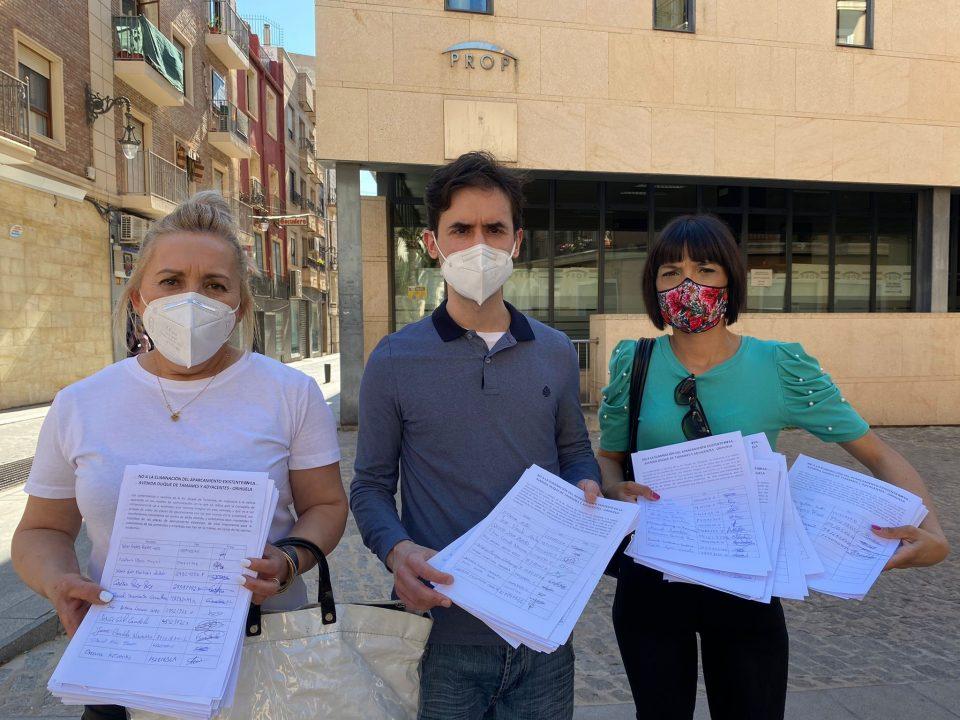 El comercio de Duque de Tamames presenta cerca de 2.000 firmas contra el proyecto de reurbanización 6