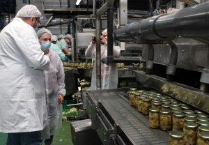 Una reconocida chef francesa se interesa por la alcachofa de la Vega Baja 10