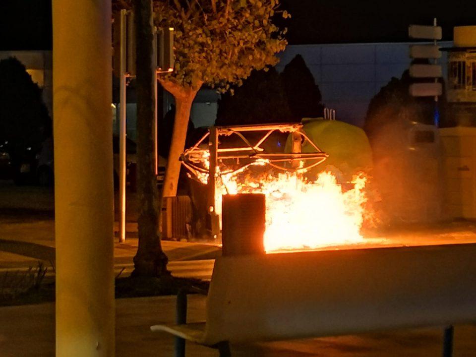 Segunda intervención de los bomberos en la Avenida Teodomiro de Orihuela 6