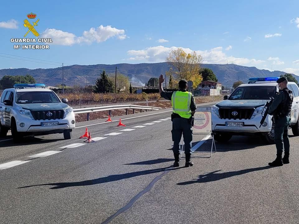Cuatro detenidos en la Vega Baja por tráfico de drogas durante controles del cierre perimetral 6