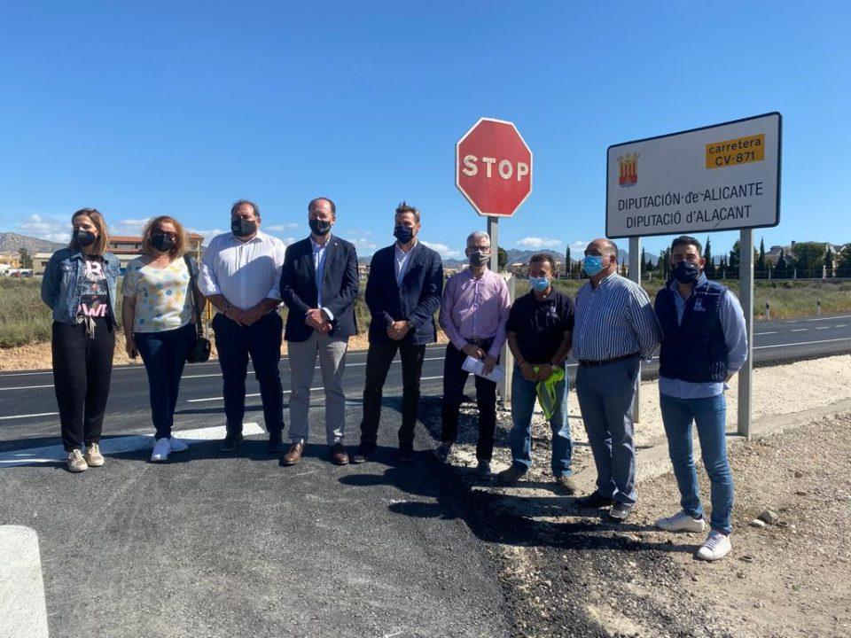 Avanzan las obras de la carretera CV-871 afectada tras la DANA 2019 6