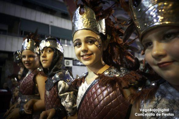 Ilusión infantil en los Moros y Cristianos de Orihuela 15