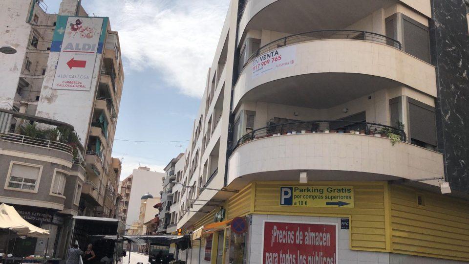"Vecinos de Callosa temen ""problemas de convivencia"" si 22 viviendas de su edificio se destinan a alquiler social 6"